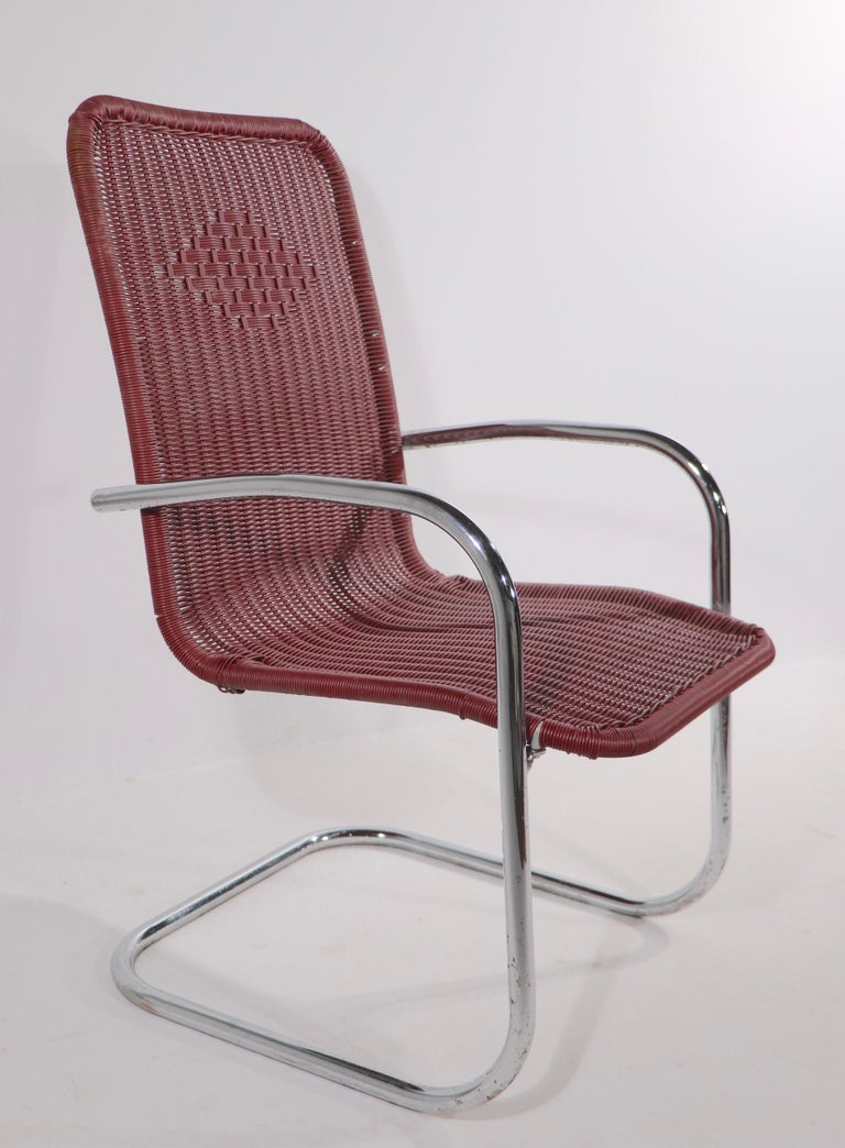 20th Century Pr. Tubular Chrome and Woven Plastic Cantilevered Lounge Chairs For Sale