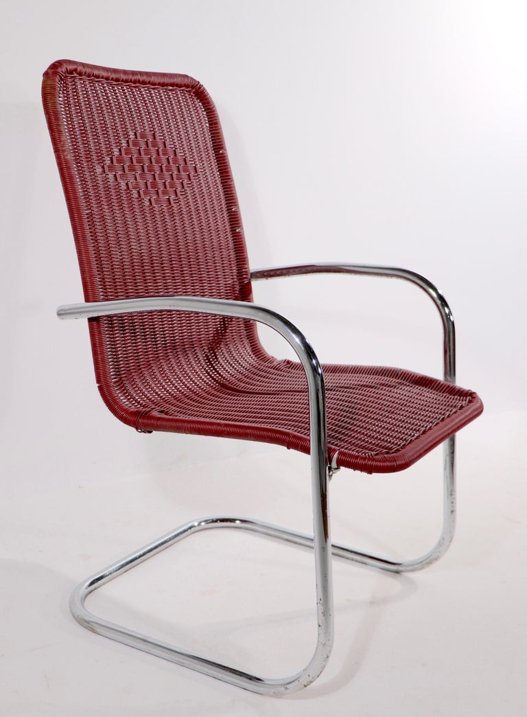 Pr. Tubular Chrome and Woven Plastic Cantilevered Lounge Chairs For Sale 1