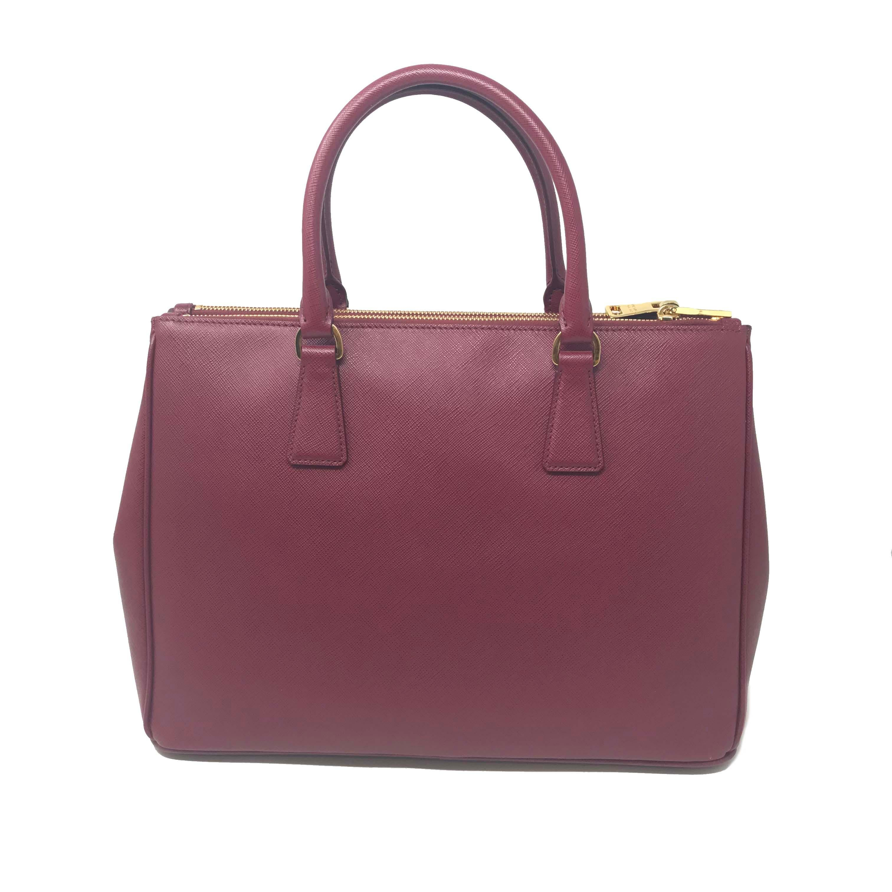 ef84a22961b003 Prada 1BA274 Galleria Cherry Saffiano Leather Women's Convertible Tote Bag  For Sale at 1stdibs