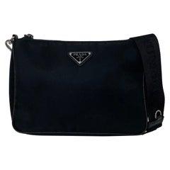Prada 2020 Black Nylon and Saffiano Leather Unisex Messenger Bag rt. $1,290
