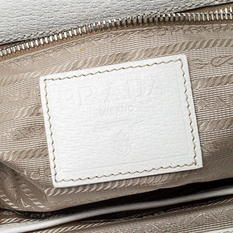 Prada Beige/Cream Canvas and Leather Kiss Lock Satchel For Sale 5