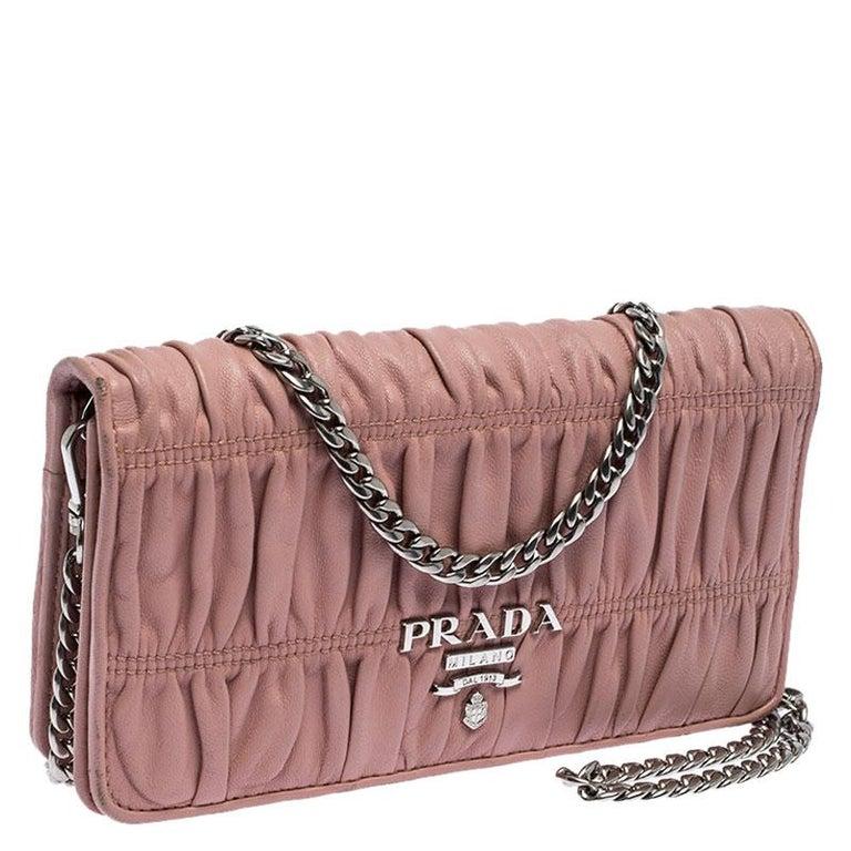 Prada Beige Nappa Leather Mini Bandoliera Wallet On Chain In Good Condition For Sale In Dubai, Al Qouz 2