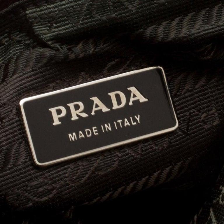 Prada Beige/Purple Tweed and Leather Flat Tote For Sale 5