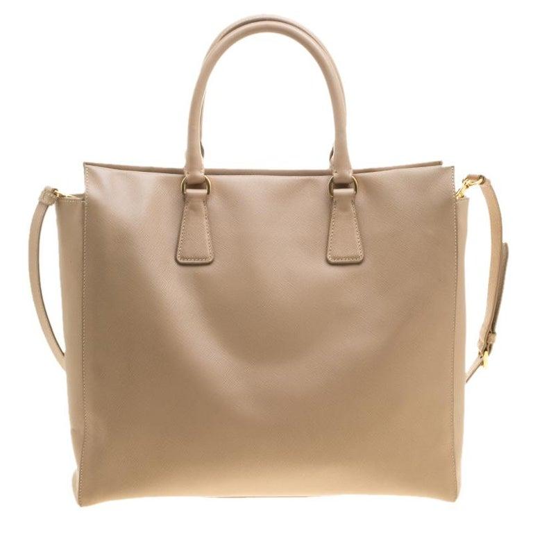 45a9465a26ca Prada Beige Saffiano Leather North south Tote In Good Condition For Sale In  Dubai