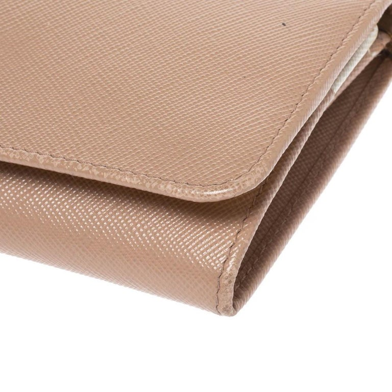 Prada Beige Saffiano Lux Leather Flap Continental Wallet For Sale 1