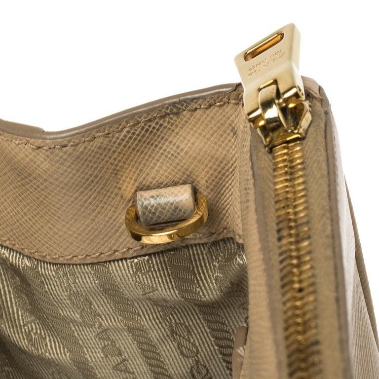 Prada Beige Saffiano Lux Leather Medium Double Zip Tote For Sale 7