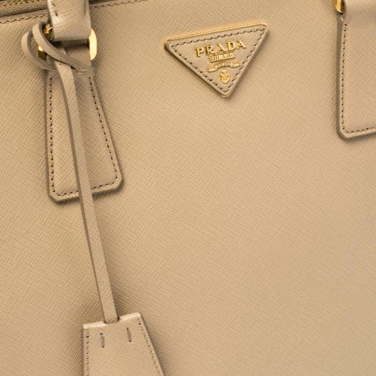 Prada Beige Saffiano Lux Leather Medium Double Zip Tote For Sale 4