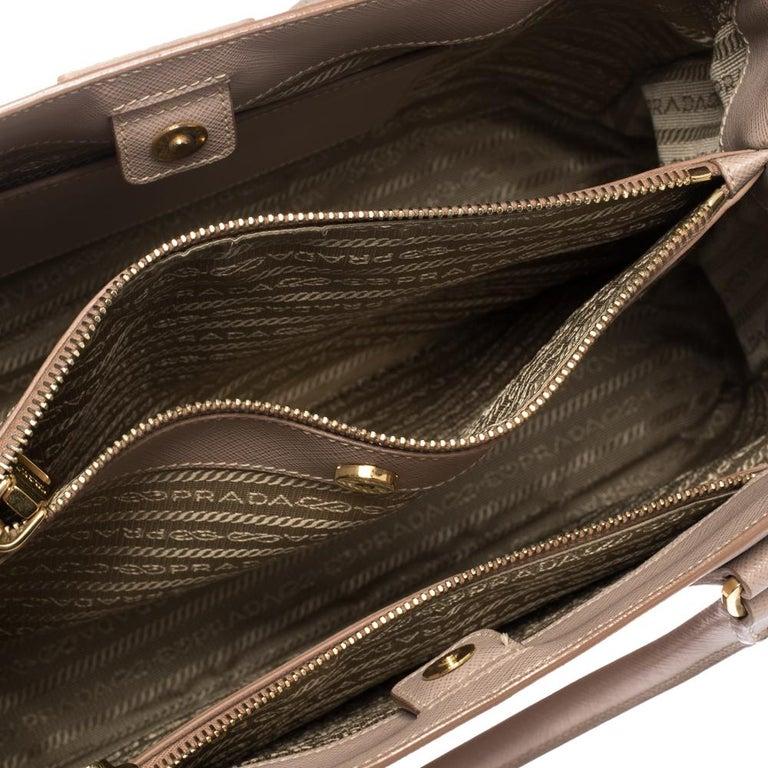 Prada Beige Saffiano Lux Leather Medium Galleria Tote For Sale 6