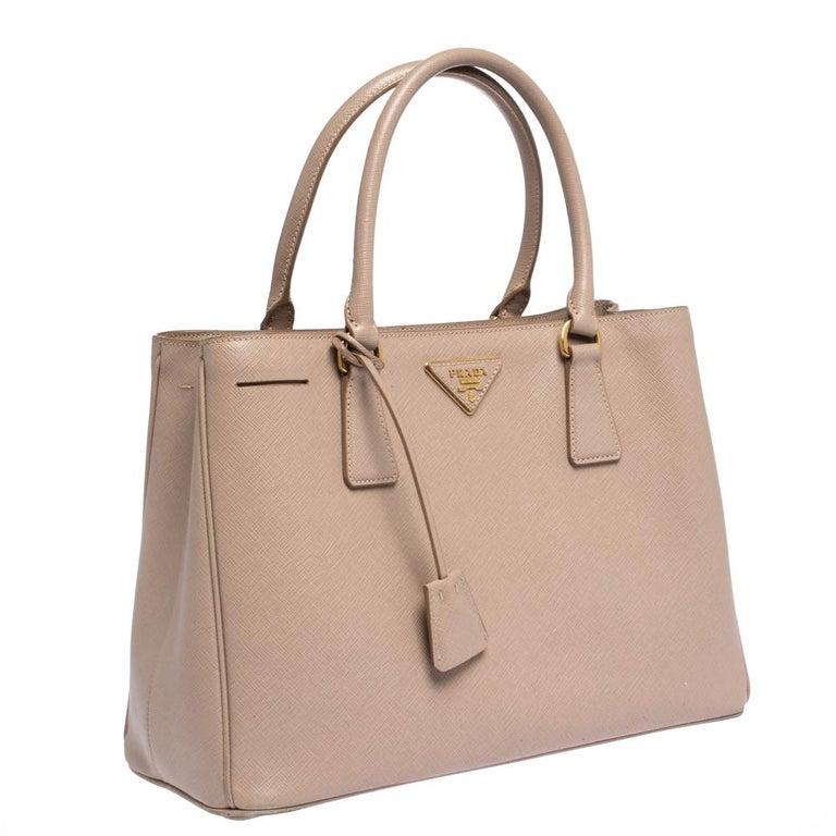 Women's Prada Beige Saffiano Lux Leather Medium Galleria Tote For Sale