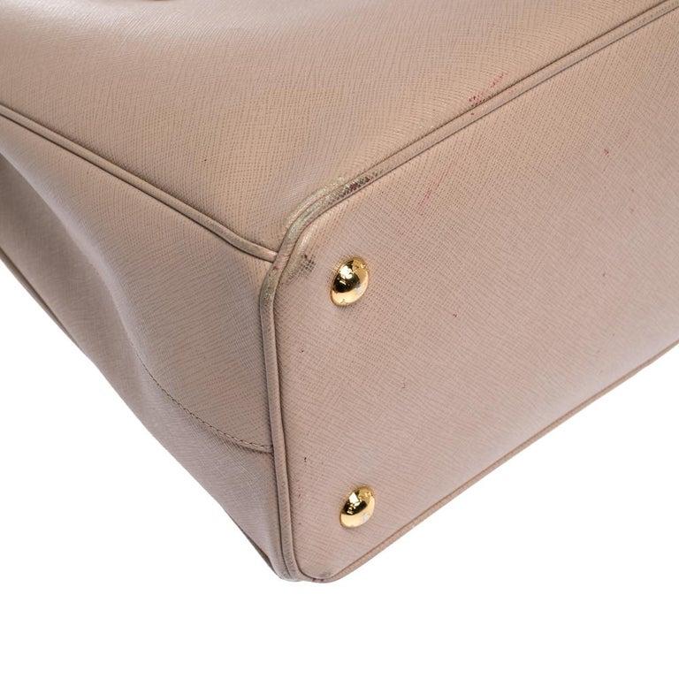 Prada Beige Saffiano Lux Leather Medium Galleria Tote For Sale 4