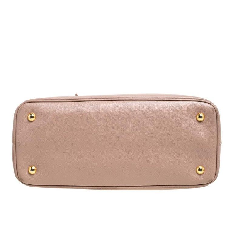 Prada Beige Saffiano Lux Leather Medium Middle Zip Tote For Sale 1