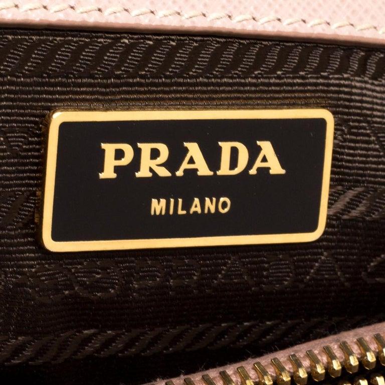 Prada Beige Saffiano Lux Leather Medium Middle Zip Tote For Sale 3