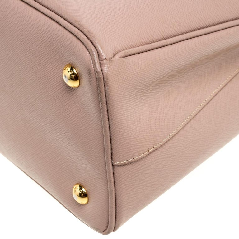 Prada Beige Saffiano Lux Leather Medium Middle Zip Tote For Sale 4