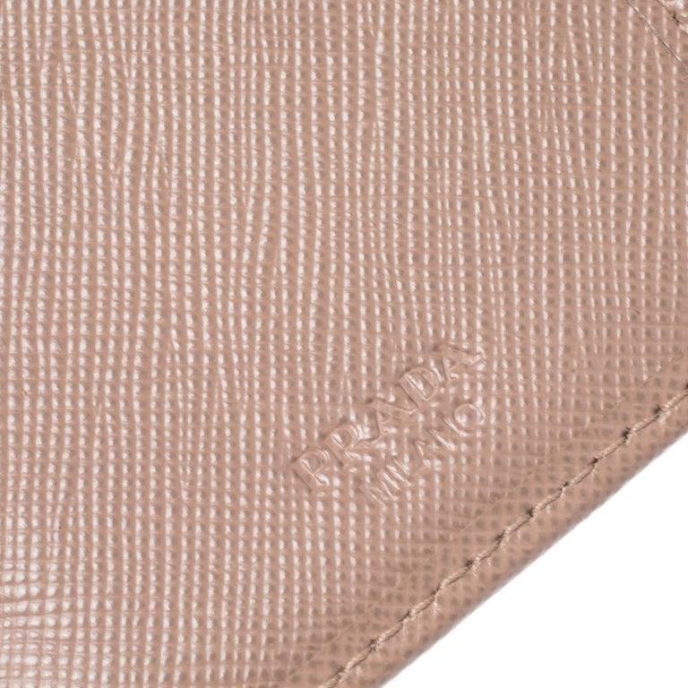 Prada Beige Saffiano Lux Leather Zip Around Compact Wallet For Sale 2
