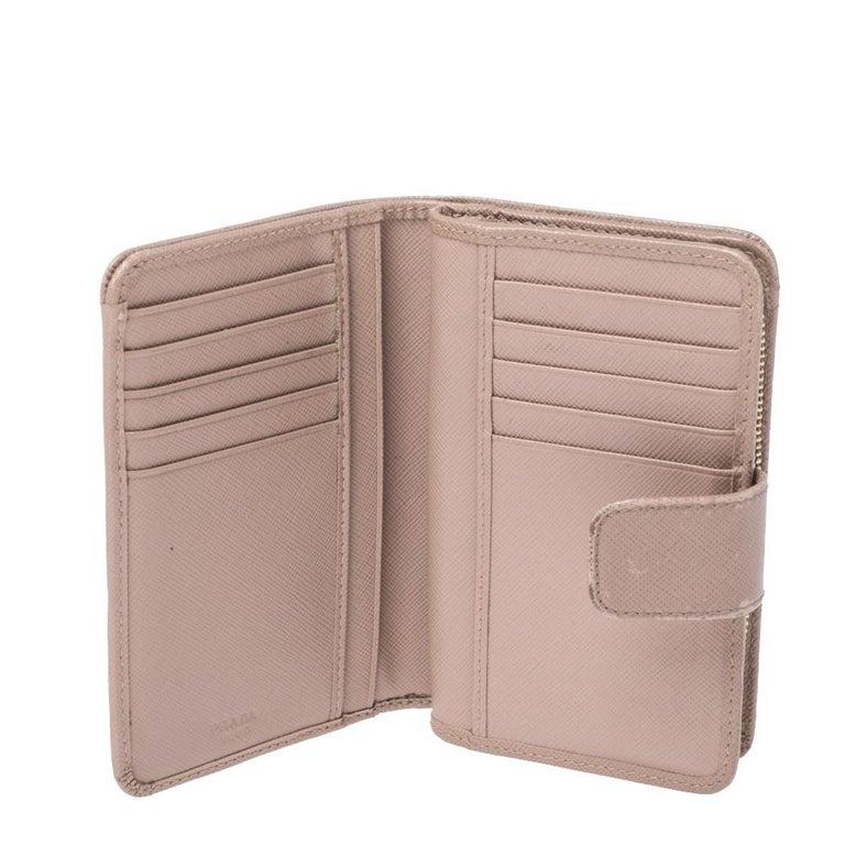 Prada Beige Saffiano Lux Leather Zip Around Compact Wallet For Sale 4