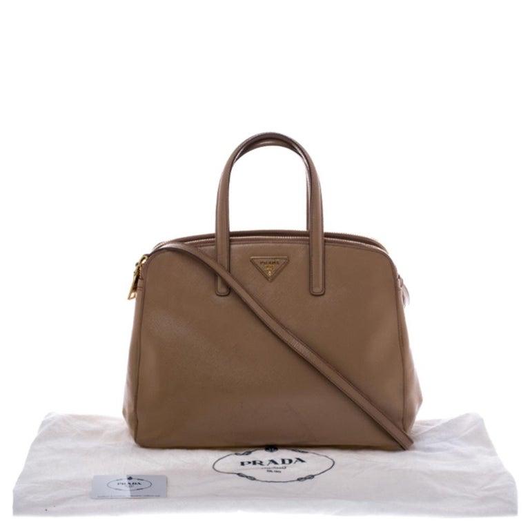 Prada Beige Saffiano Patent Leather Double Zip Spazzolato Tote For Sale 7