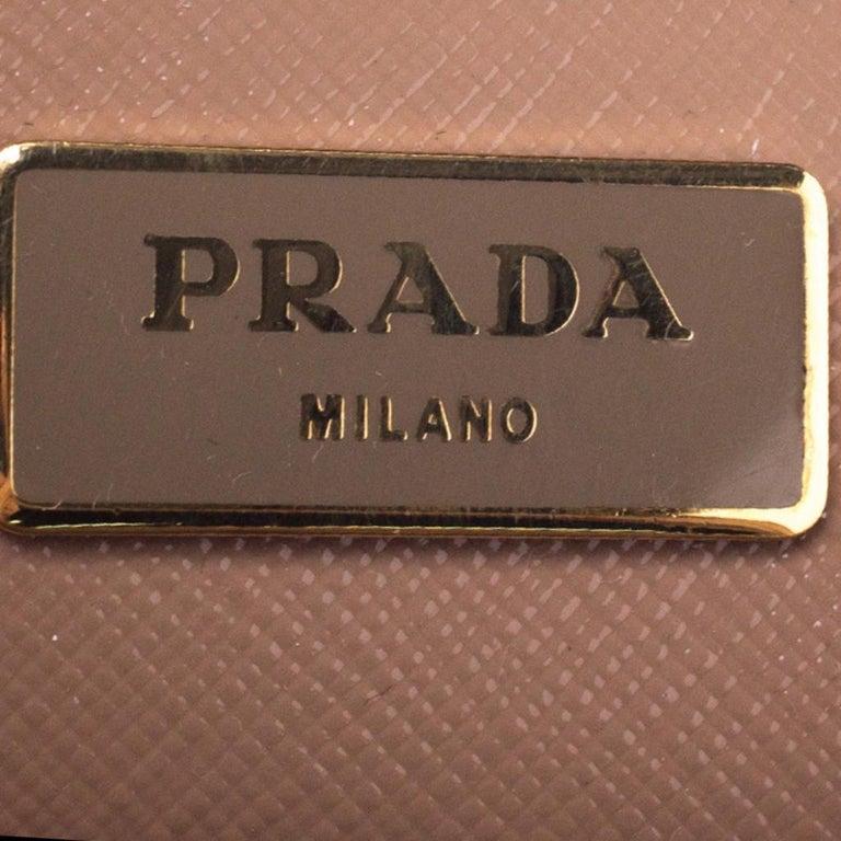 Prada Beige Saffiano Patent Leather Double Zip Spazzolato Tote For Sale 5