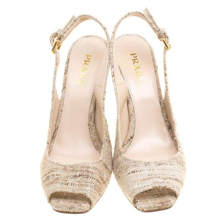 Prada Beige Tweed Fabric Peep Toe Slingback Wedge Sandals Size 40 In New Condition For Sale In Dubai, Al Qouz 2