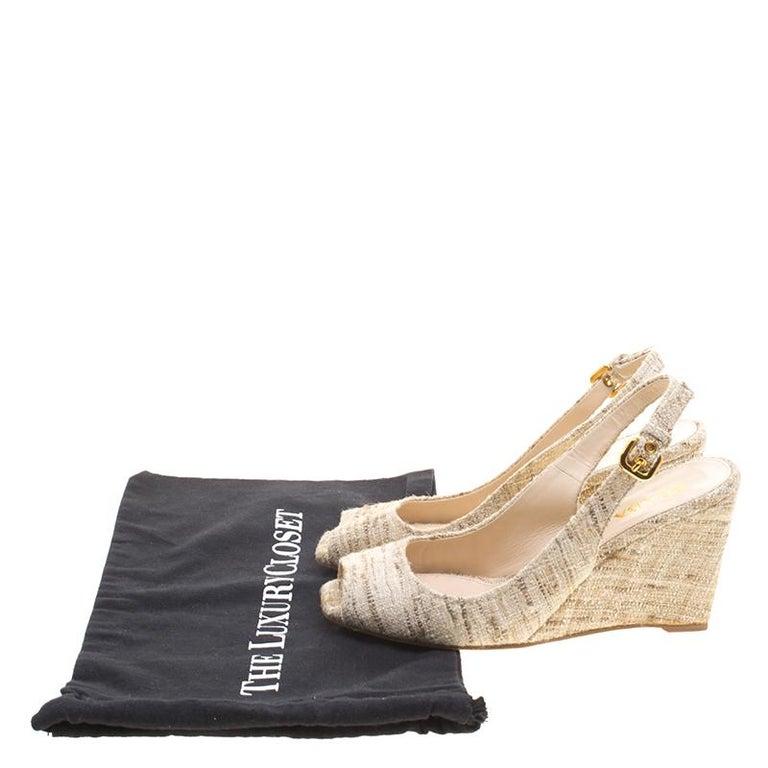 Prada Beige Tweed Fabric Peep Toe Slingback Wedge Sandals Size 40 For Sale 4