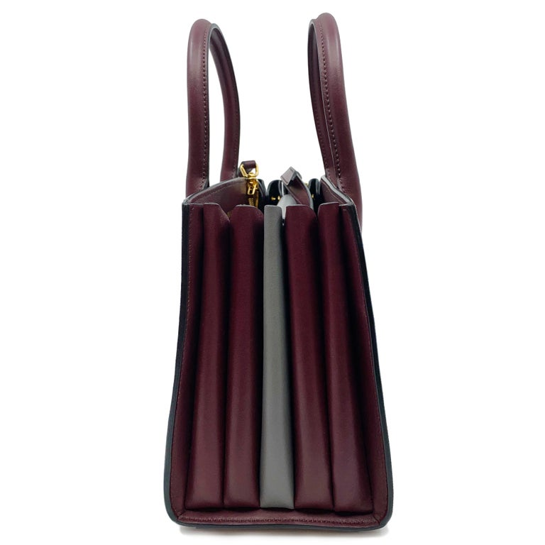 Prada Bibliotheque Granato Marmo F0VCE Saffiano City Small Tote Bag 1BA0502EVU In Excellent Condition For Sale In New York, NY