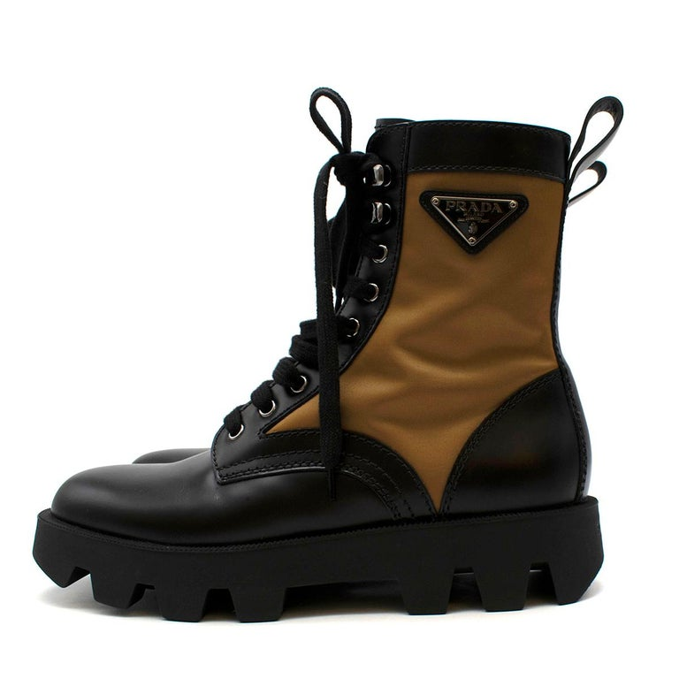 Prada Black & Beige Leather & Nylon Logo Combat Boots - Size EU 41.5 For Sale 1