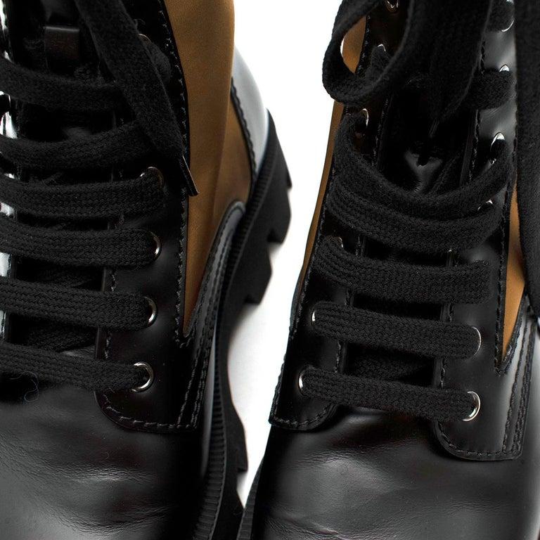 Prada Black & Beige Leather & Nylon Logo Combat Boots - Size EU 41.5 For Sale 4