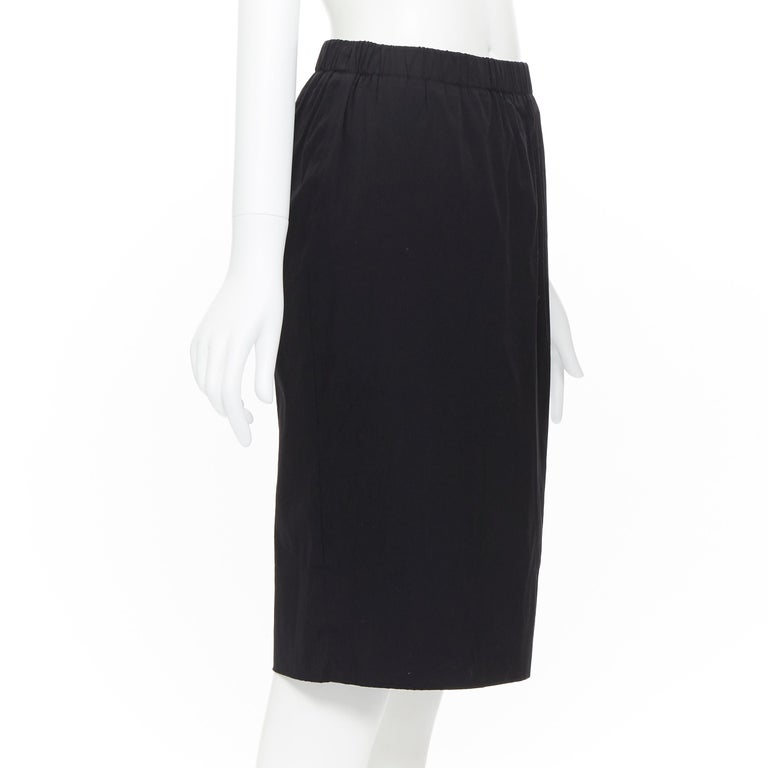PRADA black cotton blend elasticated waist center vent casual skirt IT42 In Excellent Condition For Sale In Hong Kong, NT