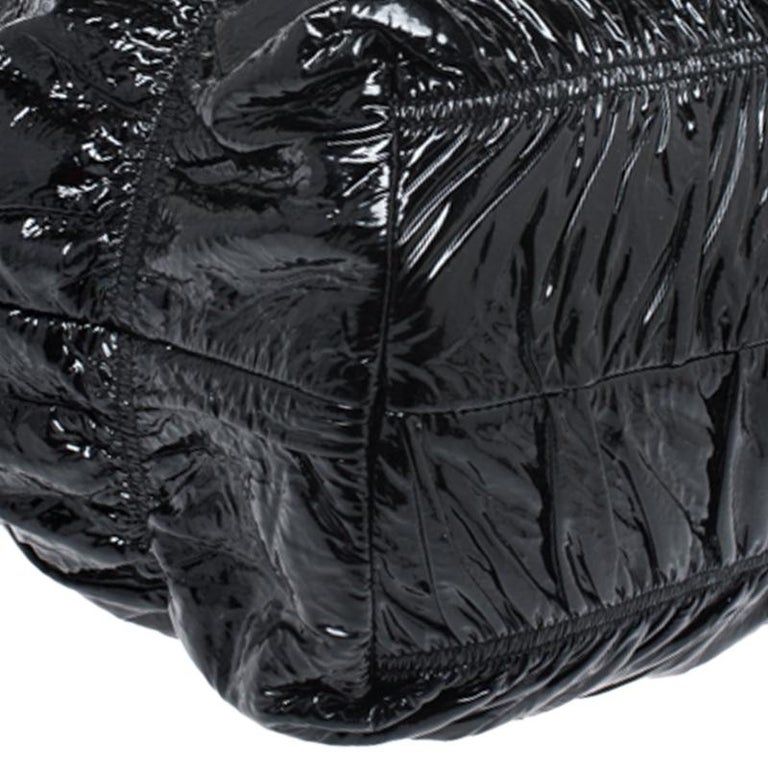 Prada Black Gaufre Patent Leather Large Tote For Sale 3