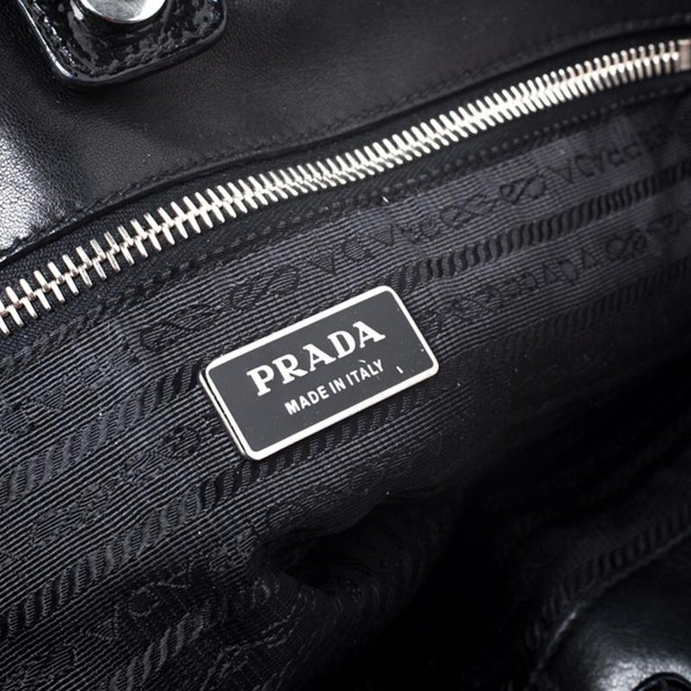 Prada Black Gaufre Patent Leather Large Tote For Sale 5