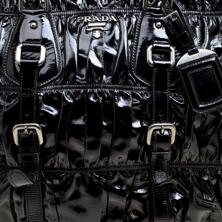 40413a00a Prada Black Gaufre Patent Leather Tote For Sale at 1stdibs