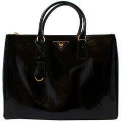 Prada Black Glossed Leather Large Galleria Bag