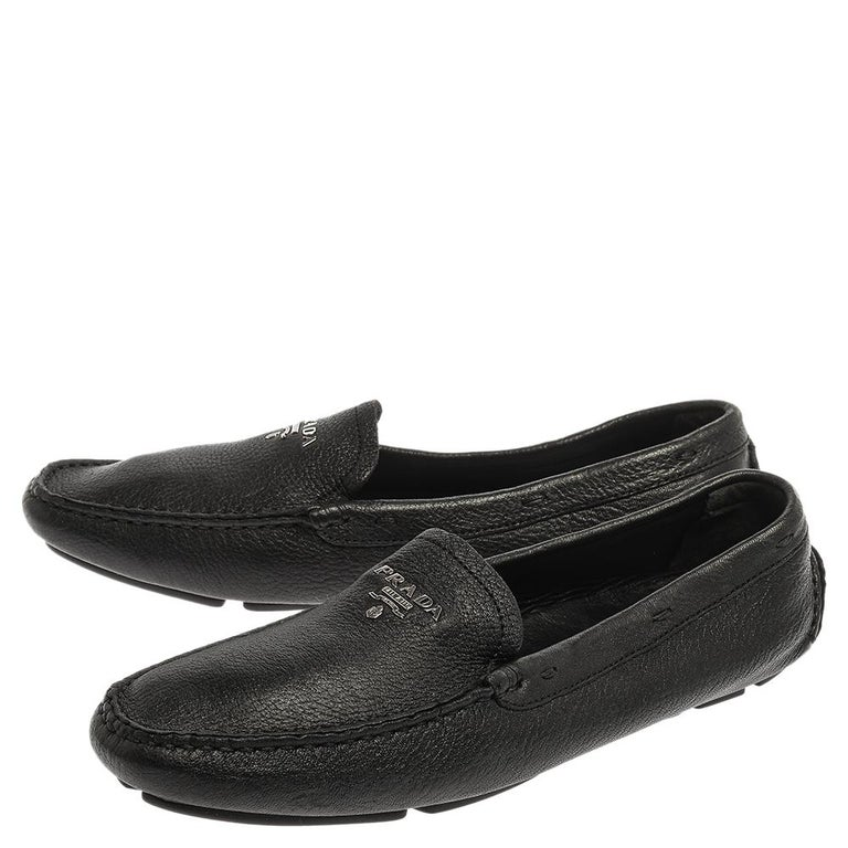 Women's Prada Black Grained Leather Slip On Loafers Size 39 For Sale