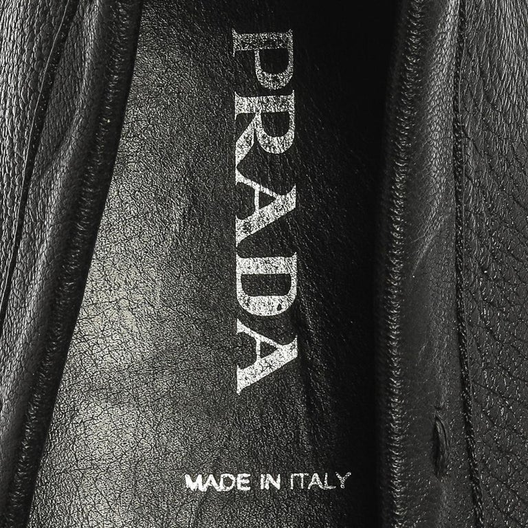 Prada Black Grained Leather Slip On Loafers Size 39 For Sale 2