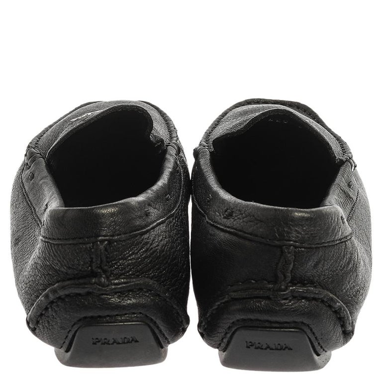 Prada Black Grained Leather Slip On Loafers Size 39 For Sale 3