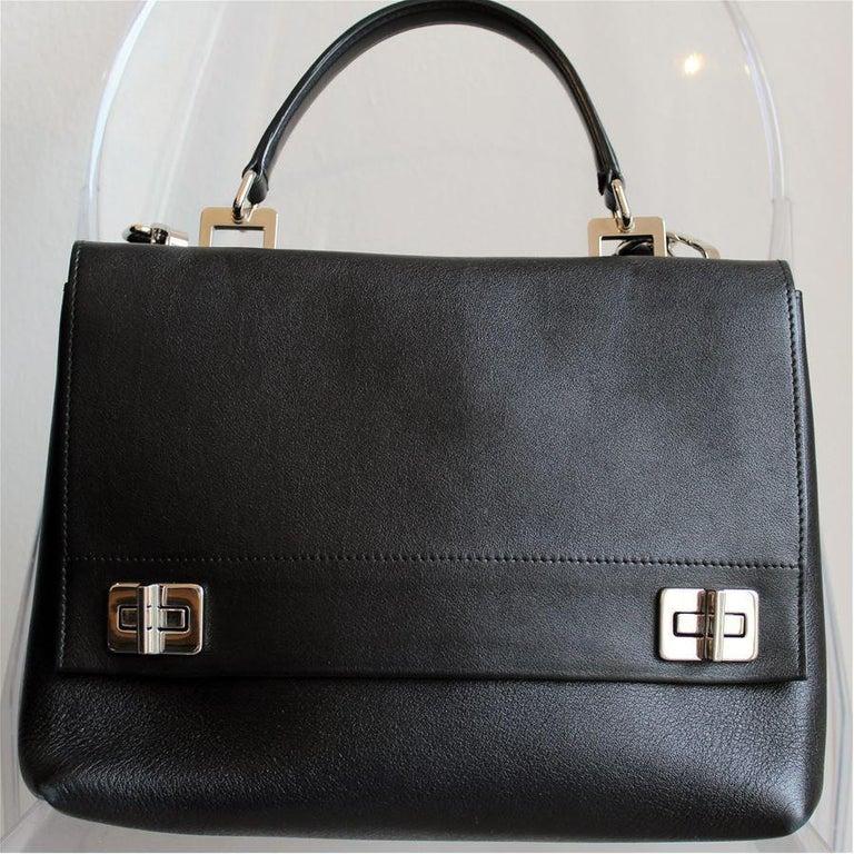 Prada Black Leather Bag In Excellent Condition For Sale In Gazzaniga (BG), IT