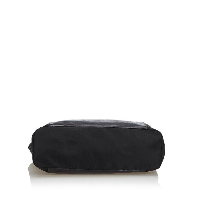 064dbb774560 Prada Black Leather Chain Tote Bag For Sale at 1stdibs