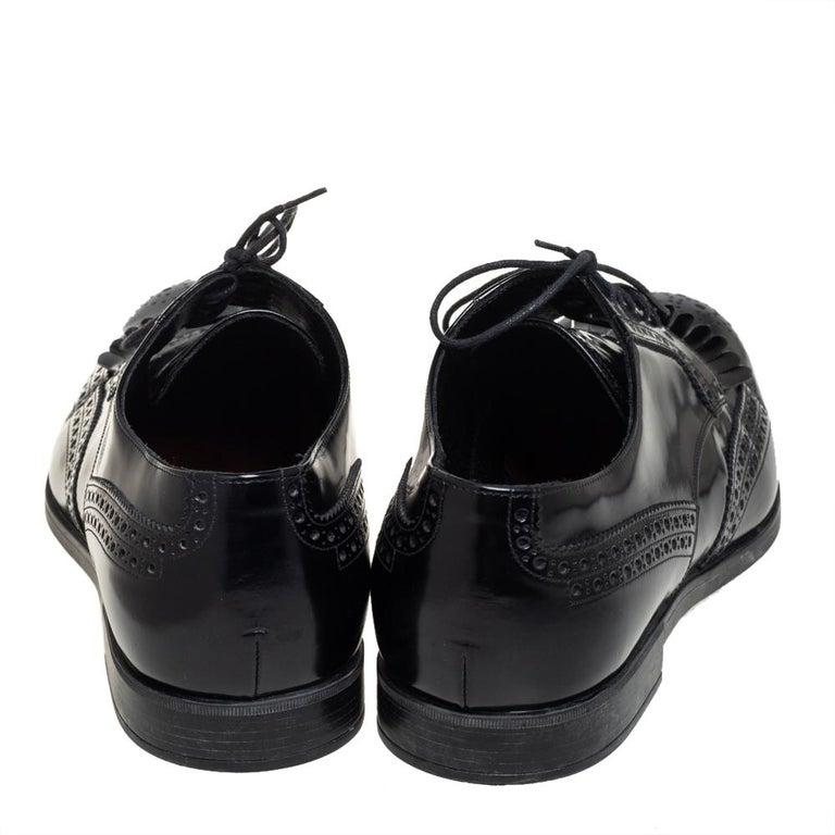 Prada Black Leather Fringe Detail Lace Up Derby Size 42 For Sale 2