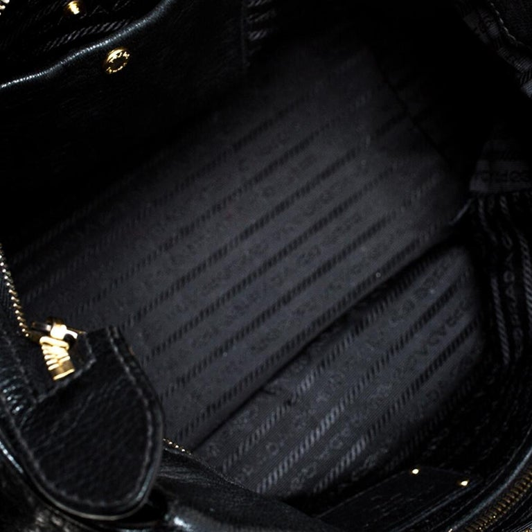 Prada Black Leather Front Pushlock Tote For Sale 2