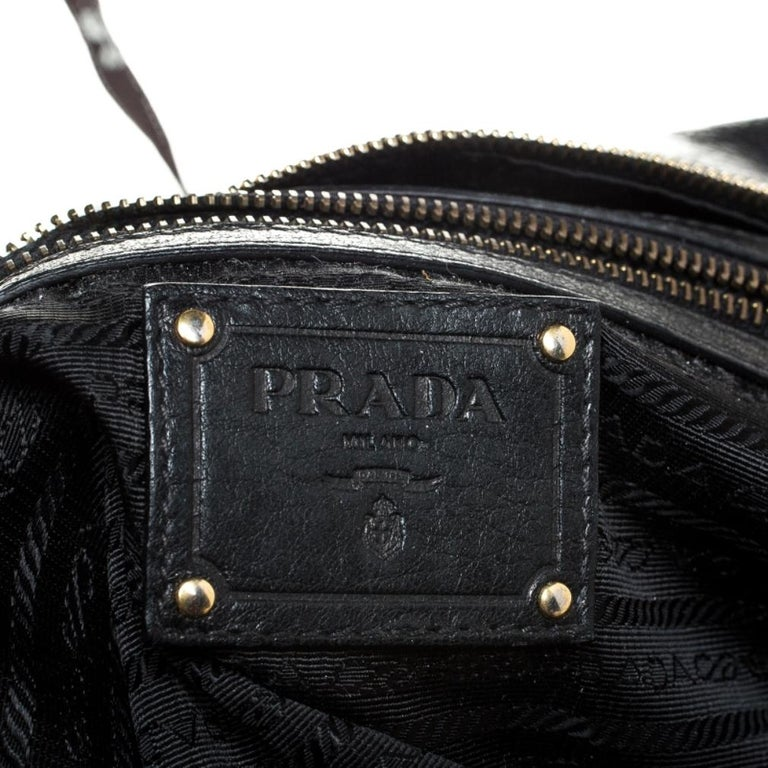 Prada Black Leather Front Pushlock Tote For Sale 3