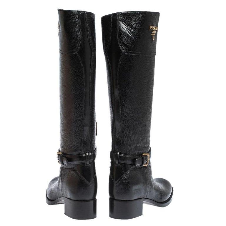 Prada Black Leather Knee Length Buckle Strap Boots Size 40 In Good Condition For Sale In Dubai, Al Qouz 2