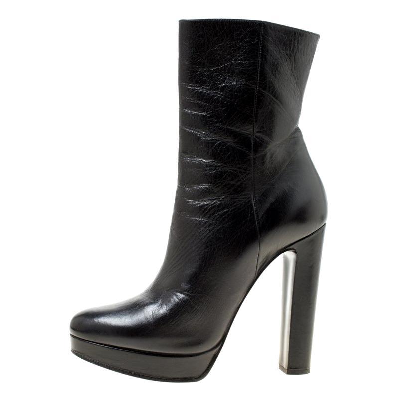 94b7827e7aa36 Vintage Prada Shoes - 210 For Sale at 1stdibs