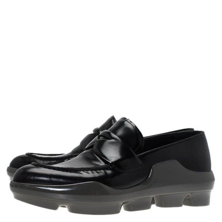 Women's Prada Black Leather Platform Penny Loafers Size 39 For Sale