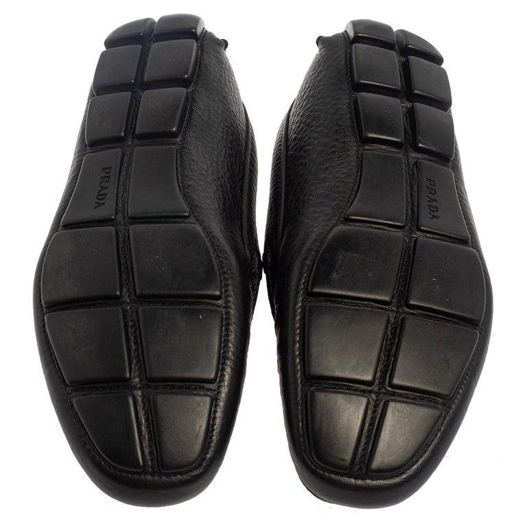 Prada Black Leather Slip On Loafers Size 42 For Sale 3