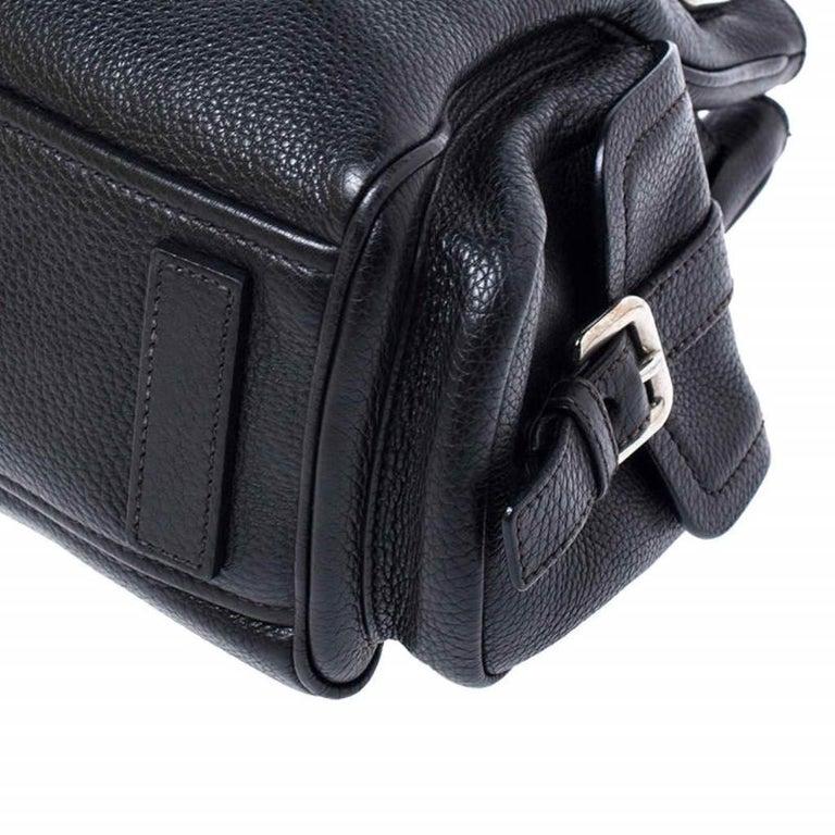 Prada Black Leather Vitello Daino Side Pocket Shoulder Bag For Sale 6