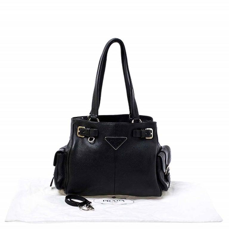 Prada Black Leather Vitello Daino Side Pocket Shoulder Bag For Sale 7