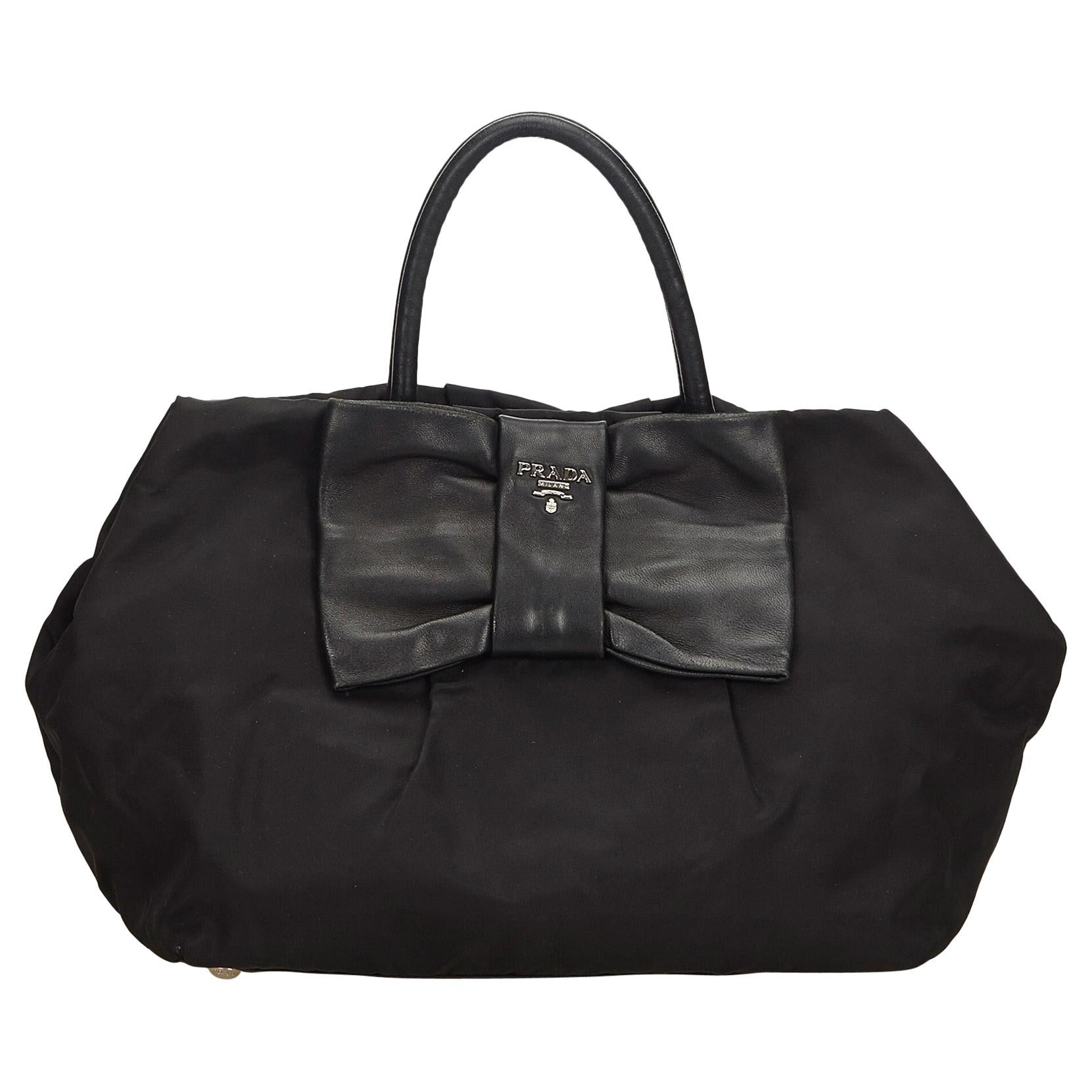 7b7dbaeddd96 Vintage Prada Handbags and Purses - 1,245 For Sale at 1stdibs