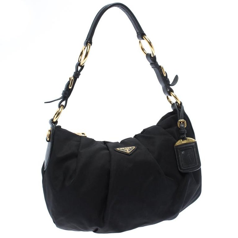 Women's Prada Black Nylon Pleated Shoulder Bag For Sale