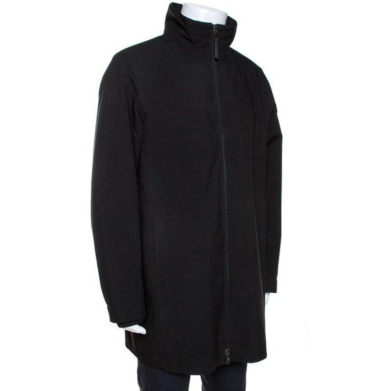 Prada Black Nylon Zip Front Jacket XXL In Good Condition For Sale In Dubai, Al Qouz 2