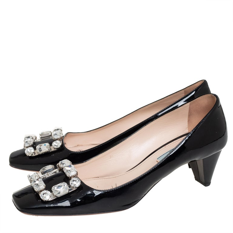 Prada Black Patent Leather Crystal Buckle Pumps Size 40 For Sale 2