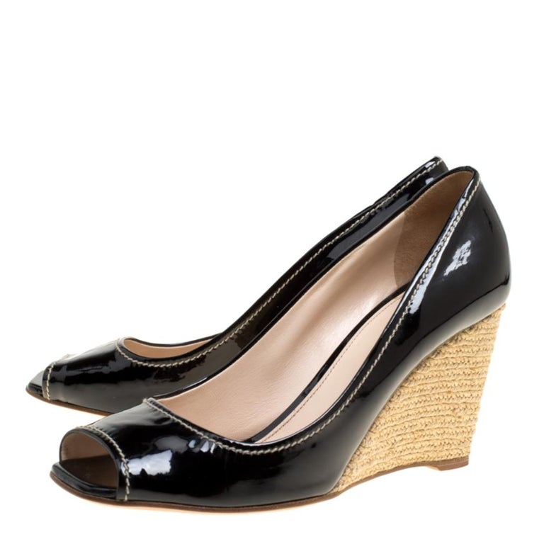Women's Prada Black Patent Leather Peep Toe Espadrille Wedge Pumps Size 39.5 For Sale